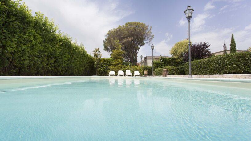 hotel matera con piscina